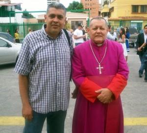 David con el Monseñor Antonio López Castillo
